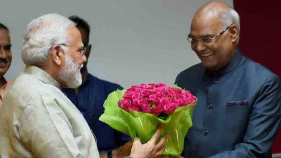 President Ram Nath Kovind and Prime Minister Narendra Modi on Sunday greeted people on the occasion of Deepawali.