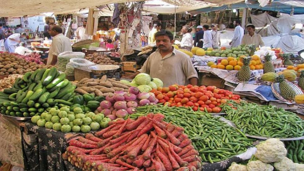 Retail inflation jumps to 4.62 per cent in October from 3.99 per cent in September