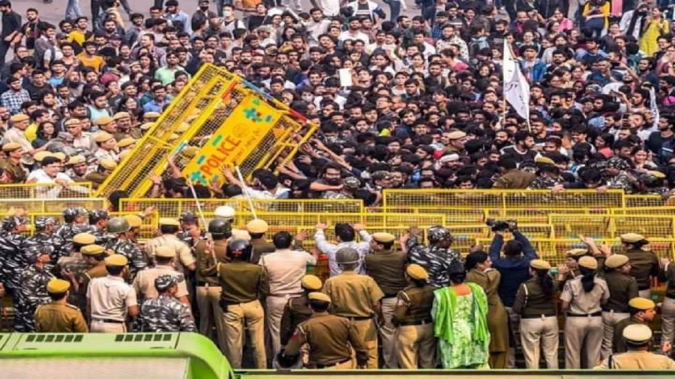 Delhi Police PRO said they will inquire into lathi-charge allegations made by JNU students.