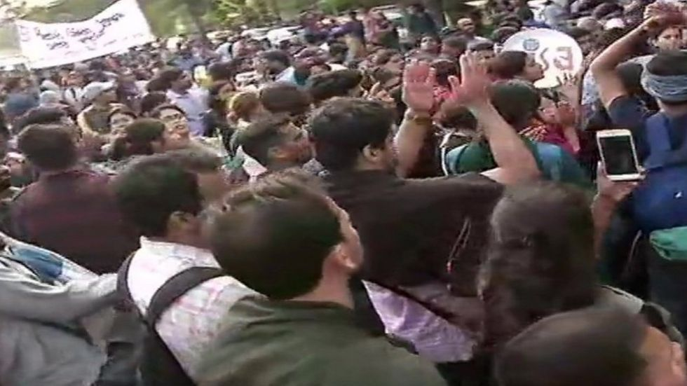 The students hit the streets carrying placards, seeking to get the attention of Parliament about their demand.