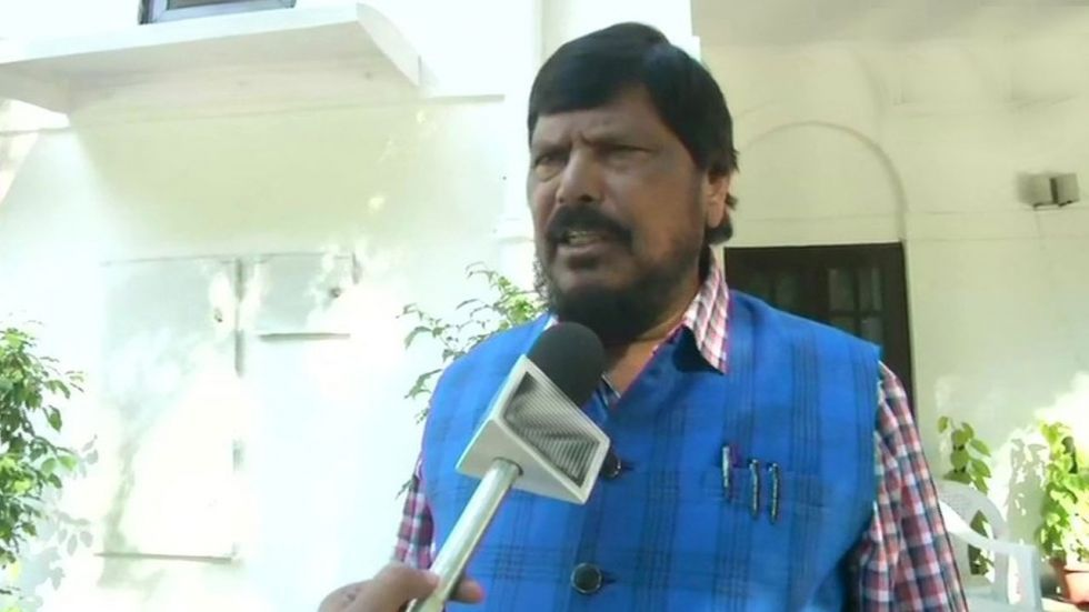 Ramdas Athawale's Stinging Poetic Attack On Shiv Sena-Congress-NCP Trio