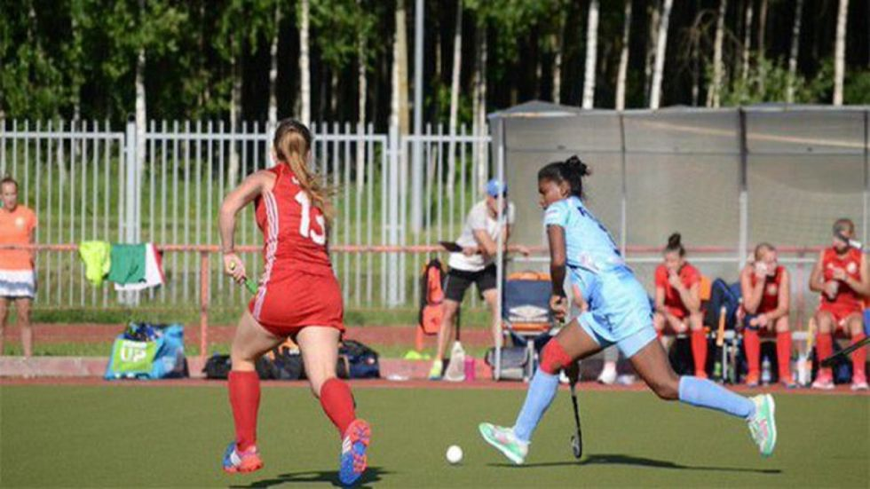 India started the match with an aggressive brand of hockey, pinning down New Zealand, who had defeated hosts Australia 3-1 in their first match on Tuesday.