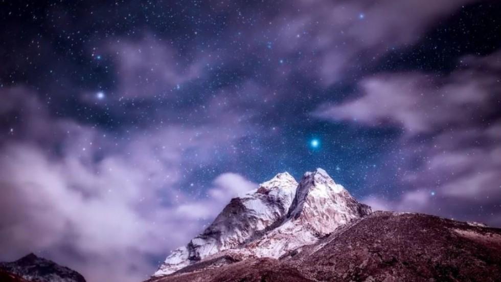 NASA Snaps Christmas Tree Star Cluster