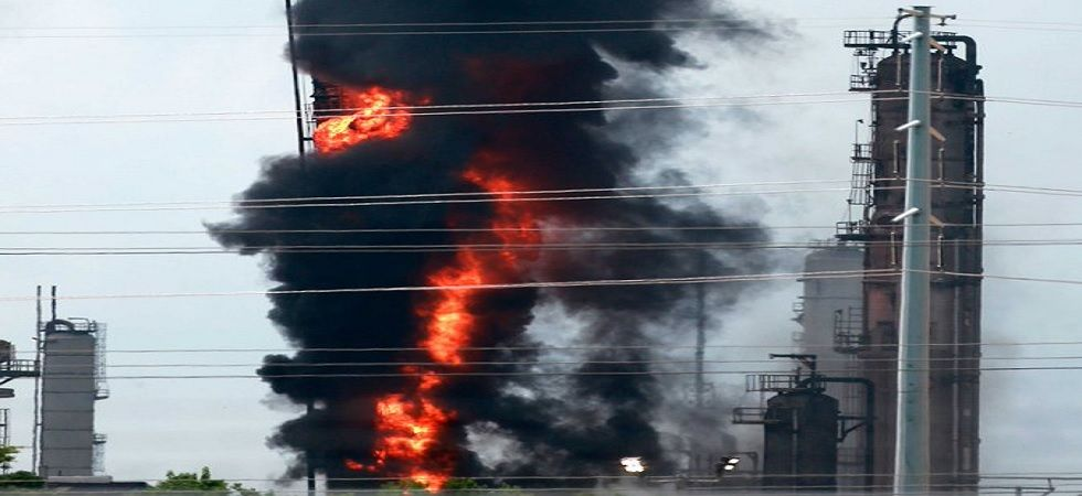 US: Massive fire breaks out at Exxon Mobil refinery in Baytown