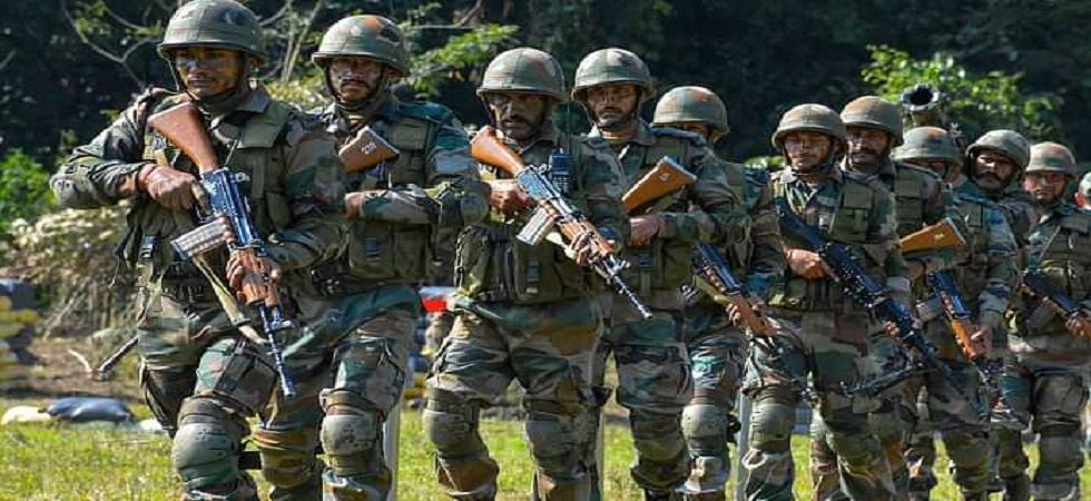 Indian Army foils major infiltration bid of terrorists backed by Pakistan Army in Uri sector. (PTI/File)
