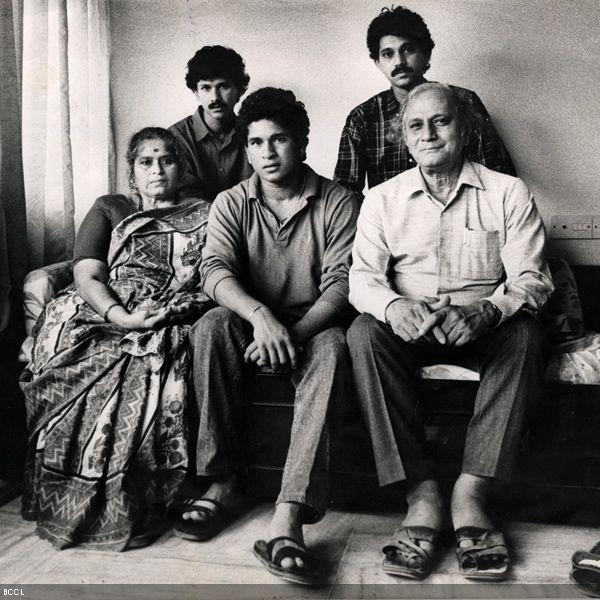 Stars and family cheer Sachin