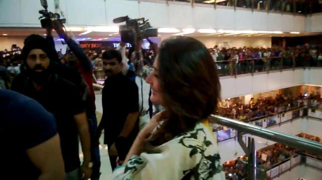 Imran, Kareena promote Gori Tere Pyaar Mein in Indore