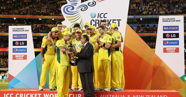 Clarke bids adieu to ODIs as World Champion