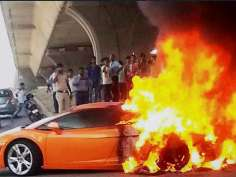 When Lamborghini caught in flames on Delhi road