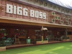 Bigg Boss 12 final contestant list leaked as individual salman khan Sumier Pasricha Anup Jalota Deepak Kalal Srishty Rode Karanvir Bohra