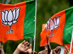 Opinion Poll: PM Modi likely to win Lok Sabha polls 2019, may get second term