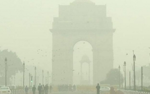 Speed News: Cold wave conditions continue to grip Delhi