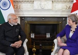 PM Modi meets Theresa May, Prince Charles on his London visit