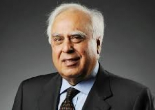 We didn't involve Manmohan Singh because he is ex-PM, says Kapil Sibal