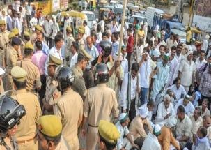 Madhya Pradesh: 10-day farmer strike begins; milk, vegetables supply to get hit