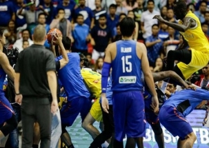 Zero Hour: Mass brawl at Basketball World Cup qualifier between Philippines v Australia
