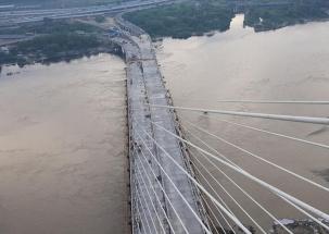 Arvind Kejriwal inaugurates 575-metre-long Signature Bridge by on Sunday