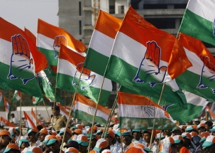 Opinion Poll: UPA ahead with 41% votes in TN, NDA trails behind