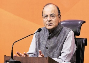 Govt announces Rs 2.5/litre relief on petrol, diesel prices, VAT reduced in UP, Gujarat, Maharashtra