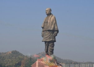 Khabar Cut2Cut: Statue of Unity twice the height of Statue of Liberty