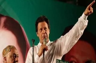 Pakistan Elections 2018: PTI's Imran inches towards landslide victory