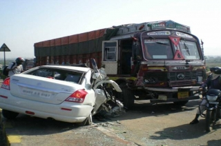 Four accidents take place on Agra-Lucknow Expressway everyday: RTI