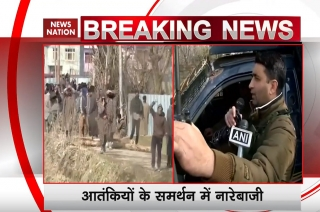 How security personnel appeals stone pelters to go home in Pulwama