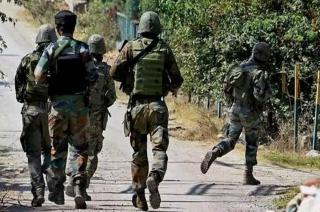Major among 4 army men killed in encounter in Pulwama's Pinglan