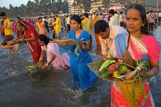 Chhath Puja: Third day of festival underway in Bihar with religious fervour