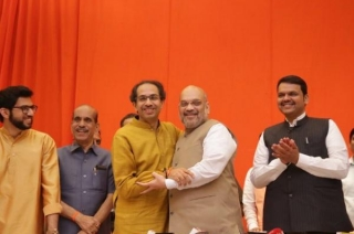 BJP-Sena to contest Lok Sabha, Assembly polls jointly in Maharashtra