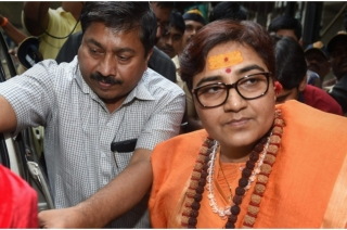 Complaint lodged against Sadhvi Pragya  in Mumbai for 'Karkare' remark