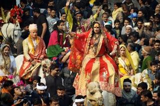 Kinnar Akhada takes part in Kumbh Mela 2019, to share culture of transgenders