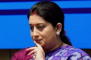 Union minister Smriti Irani accuses Congress of making low-level remarks against women