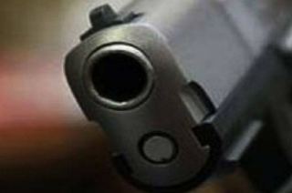 New Delhi: BSP leader's son brandishes gun, intimidates couple