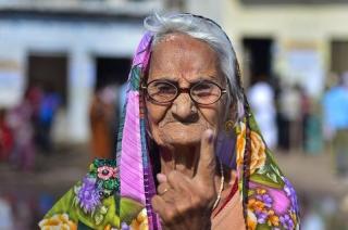 Lok Sabha Polls: Senior citizens show the way