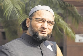 Asaduddin Owaisi's reaction on 'Vande Mataram' slogan in Lok Sabha